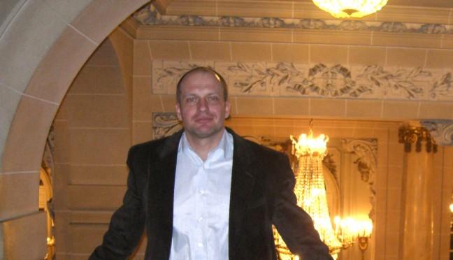 dr Przemysław Krzywoszyński